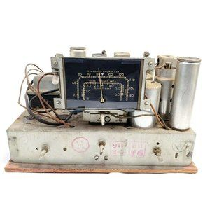 For Repair Or Parts RCA Victor 5T Radio Chassis